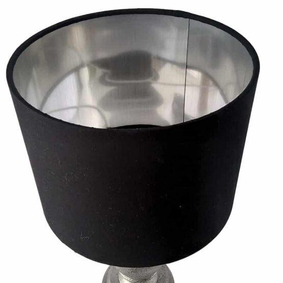 Ezüst-fekete lámpernyő