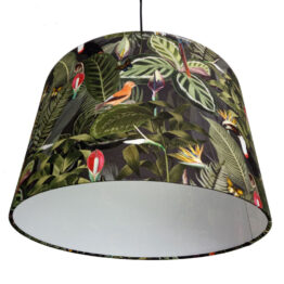 Trópusi mintás lámpaernyő